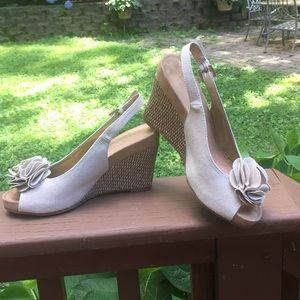 Aerosoles wedges 7.5 in great condition